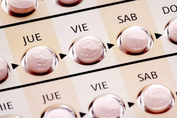 A pílula decide o seu parceiro