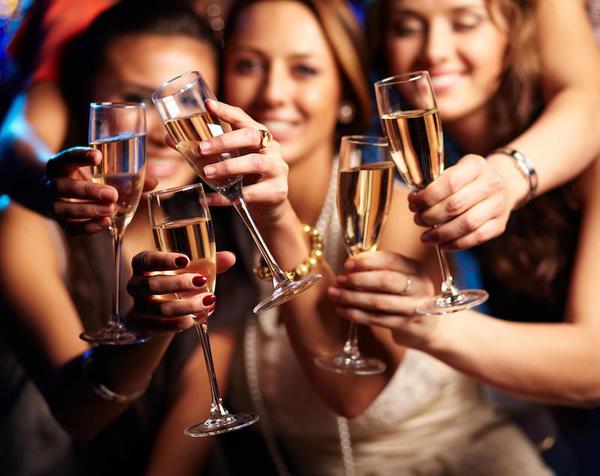 Beber muito álcool aumenta o risco de diabetes em mulheres