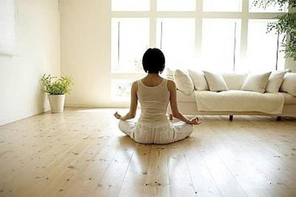 Meditar 25 minutos diários alivia o estresse