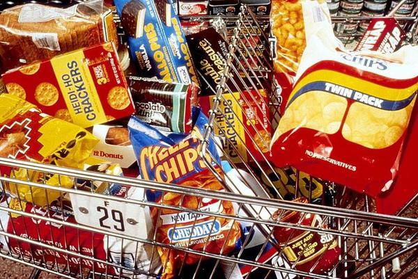 Por que a comida gordurosa deve ser vendidos em embalagens feios?